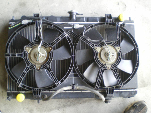 Радиатор ДВС NISSAN AD VAN VEY11 YD22DD. Фото 2