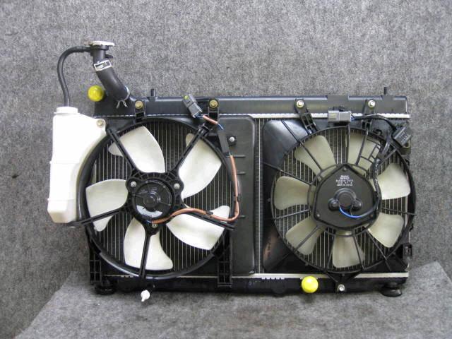 Радиатор ДВС HONDA FIT GD3 L15A. Фото 2
