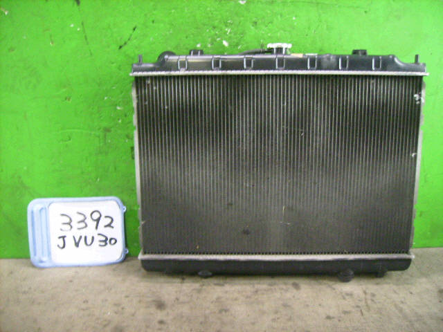 Радиатор ДВС NISSAN BASSARA JVU30 YD25DDTI. Фото 2