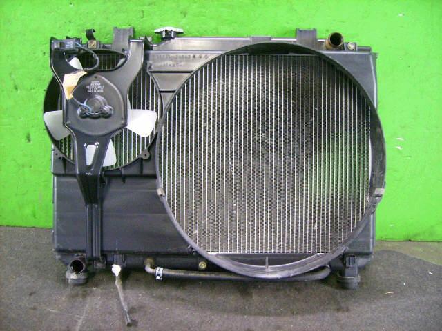 Радиатор ДВС TOYOTA LITE ACE NOAH SR40G 3S-FE. Фото 4