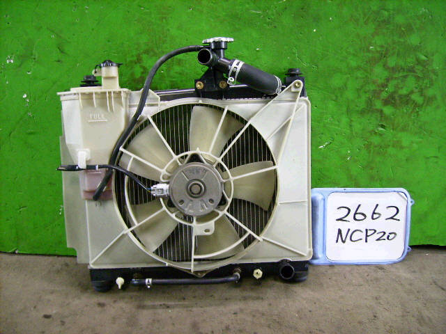 Радиатор ДВС TOYOTA IST NCP61 1NZ-FE. Фото 11