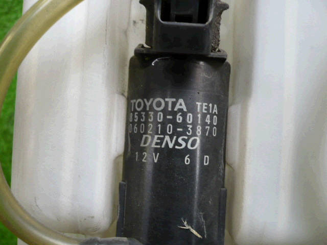 Бачок омывателя TOYOTA IPSUM ACM21W. Фото 2