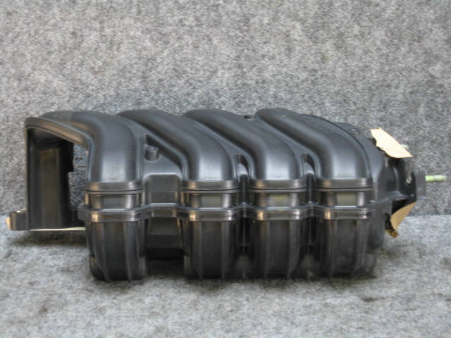 Коллектор впускной TOYOTA COROLLA NZE121 1NZ-FE. Фото 1