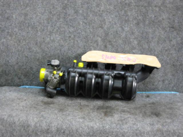 Коллектор впускной TOYOTA IST NCP60 2NZ-FE. Фото 6