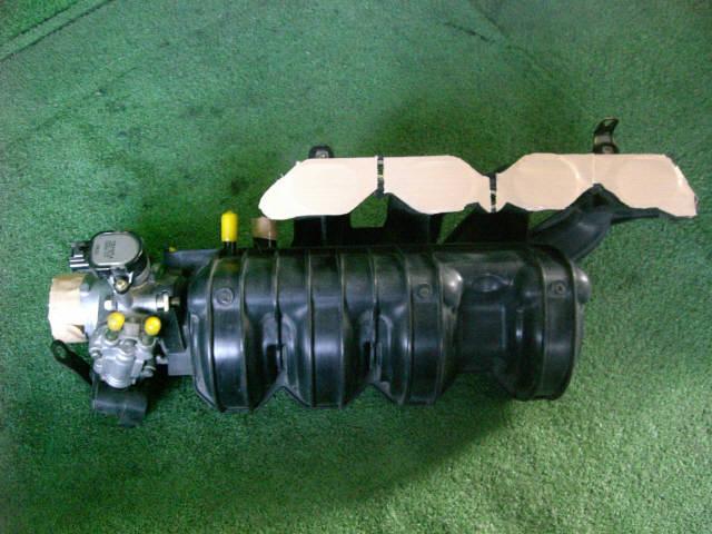 Коллектор впускной TOYOTA IST NCP60 2NZ-FE. Фото 10