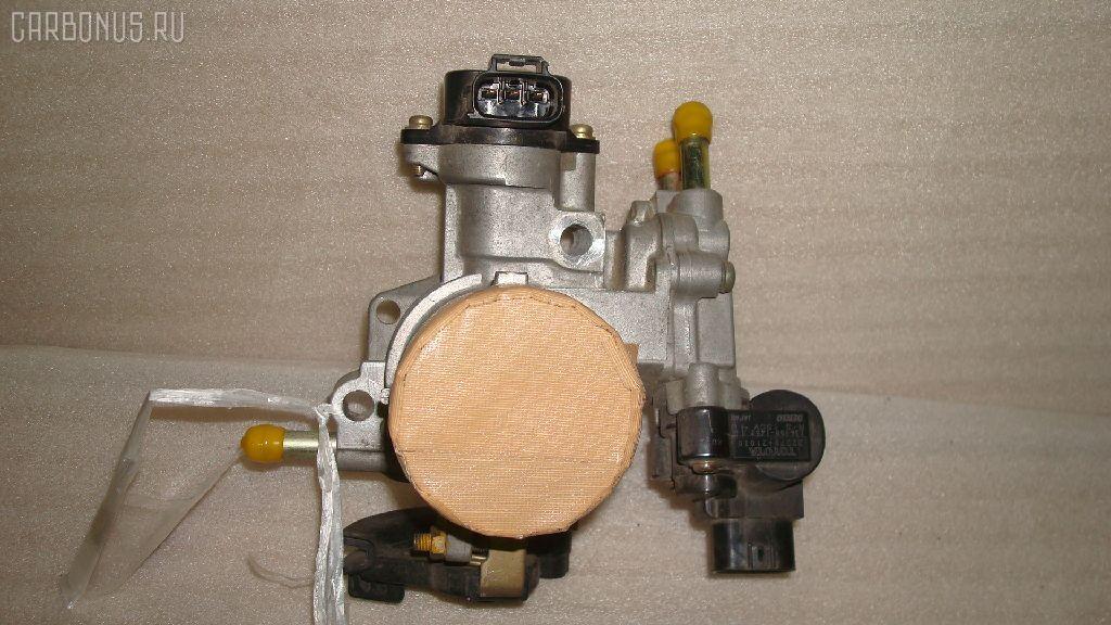 Дроссельная заслонка TOYOTA PLATZ NCP12 1NZ-FE. Фото 1