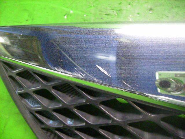 Решетка радиатора MAZDA DEMIO DY3W. Фото 11