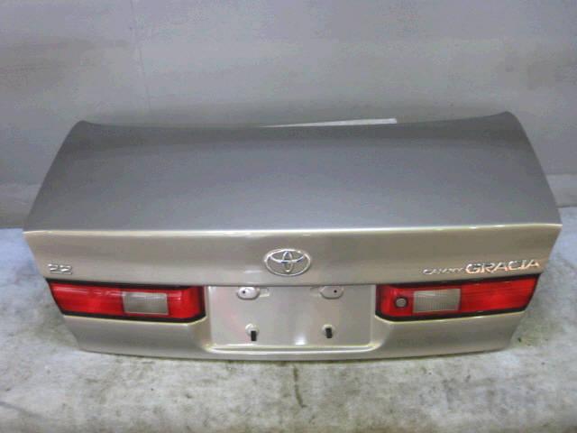 Крышка багажника TOYOTA CAMRY GRACIA SXV20. Фото 5