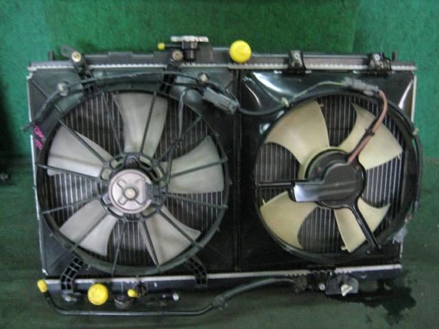 Радиатор ДВС HONDA SABER UA4 J25A. Фото 5
