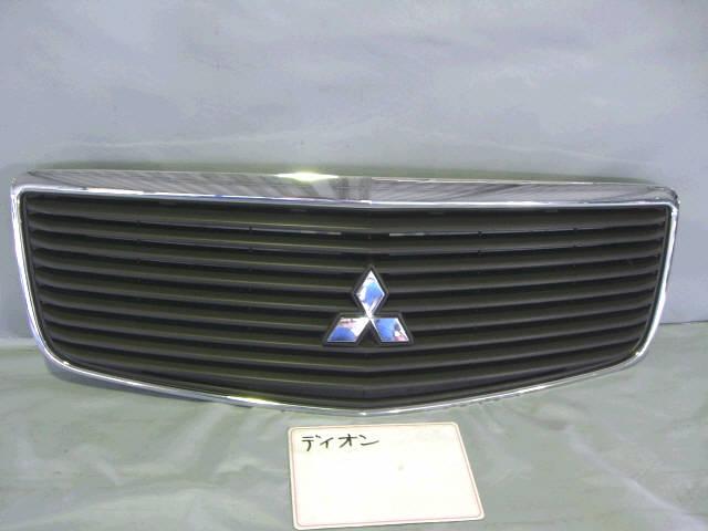 Решетка радиатора MITSUBISHI DION CR9W. Фото 6
