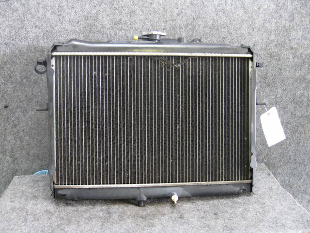 Радиатор ДВС MAZDA BONGO SK82V F8. Фото 2