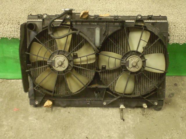 Радиатор ДВС TOYOTA ALTEZZA SXE10 3S-GE. Фото 2