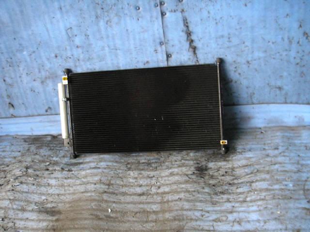 Радиатор кондиционера HONDA FIT ARIA GD6 L13A. Фото 1