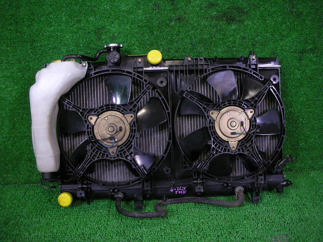 Радиатор ДВС SUBARU IMPREZA WAGON GG2 EJ15. Фото 3