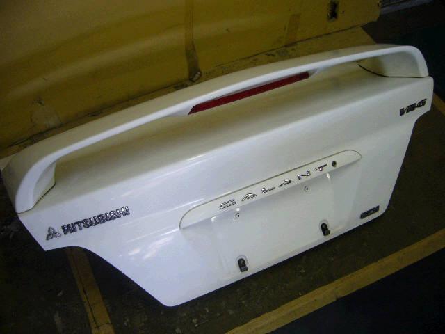 Крышка багажника MITSUBISHI GALANT EA1A. Фото 5