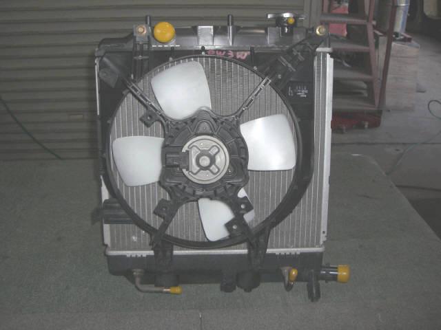 Радиатор ДВС MAZDA DEMIO DW3W B3-ME. Фото 5