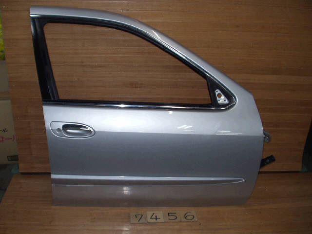 Дверь боковая NISSAN CEFIRO A33. Фото 9