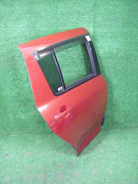Дверь боковая SUZUKI SWIFT ZC11S. Фото 3