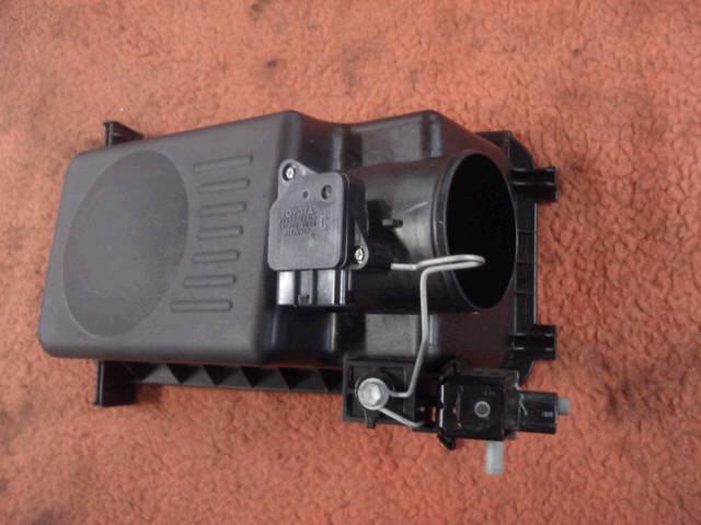 Датчик расхода воздуха TOYOTA PROBOX NCP51V 1NZ-FE. Фото 2