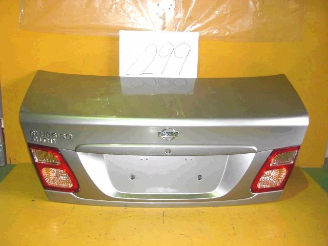 Крышка багажника NISSAN BLUEBIRD SYLPHY QG10. Фото 10