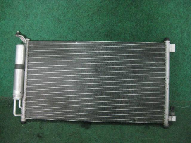 Радиатор кондиционера NISSAN MARCH AK12. Фото 3