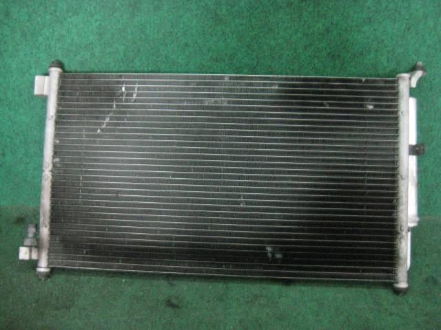 Радиатор кондиционера NISSAN MARCH AK12. Фото 2