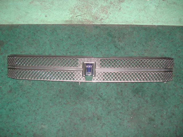 Решетка радиатора TOYOTA VOXY AZR65. Фото 4