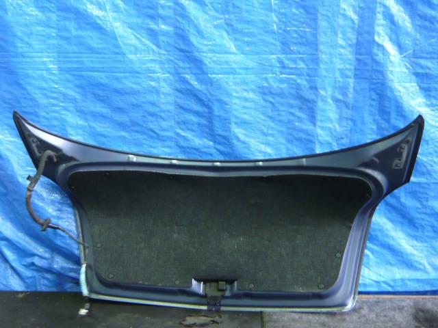 Крышка багажника NISSAN PRIMERA TP12. Фото 8