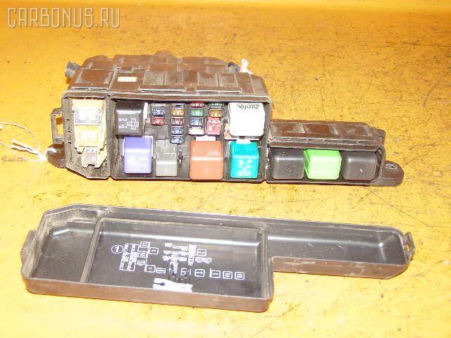 Блок предохранителей TOYOTA CALDINA ST198V 3S-FE.