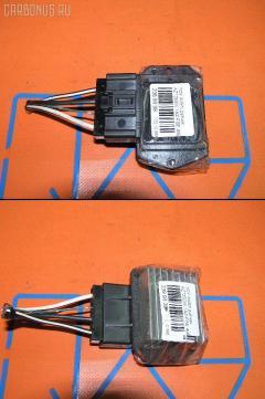 Регулятор скорости мотора отопителя Toyota Avensis wagon AZT250W 1AZ-FSE Фото 1