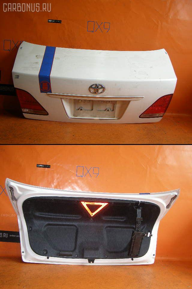 Крышка багажника TOYOTA CROWN GRS180. Фото 1