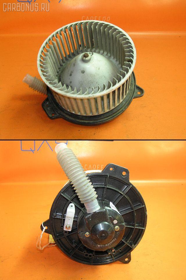 Мотор печки MAZDA PREMACY CP8W. Фото 1