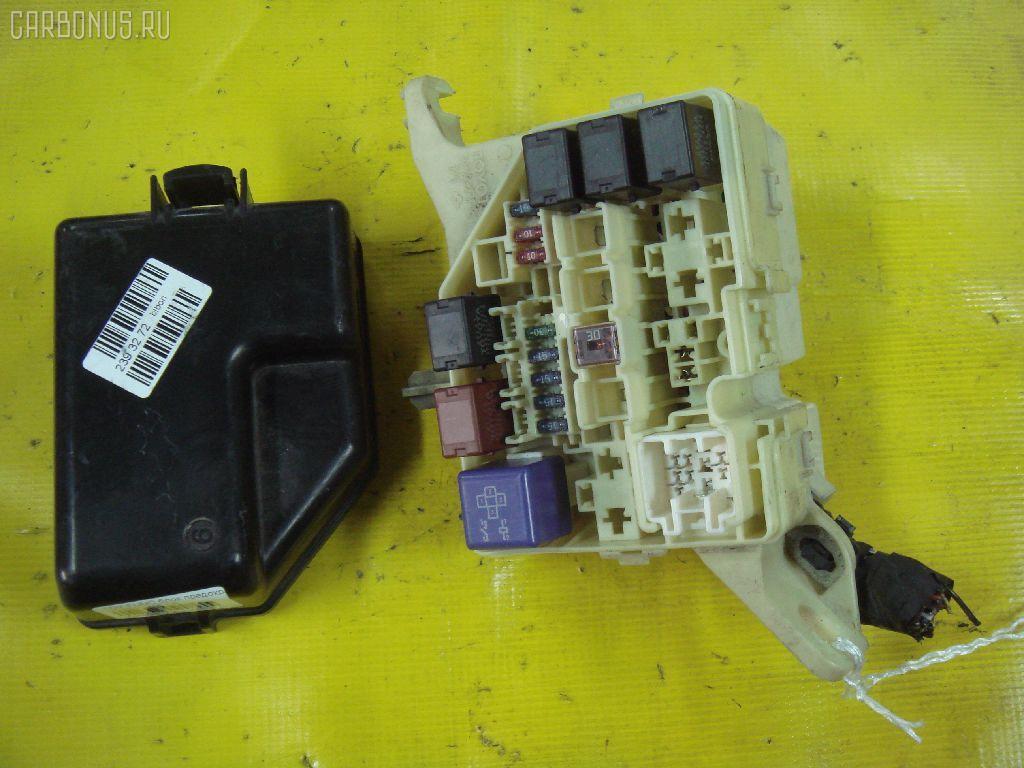 Блок предохранителей TOYOTA VITZ NCP10 2NZ-FE. Фото 10