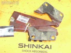 Крепление капота на Nissan Rnessa N30 654000M000  654010M000