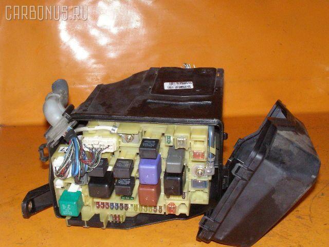 Блок предохранителей TOYOTA CROWN JZS151 1JZ-GE. Фото 1