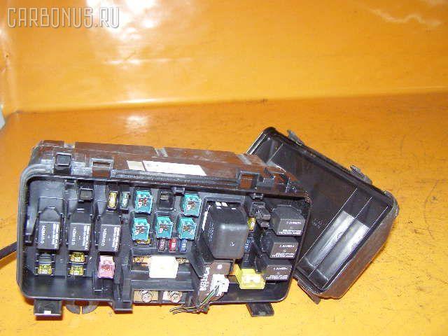 Блок предохранителей HONDA INSPIRE UA4 J25A. Фото 1