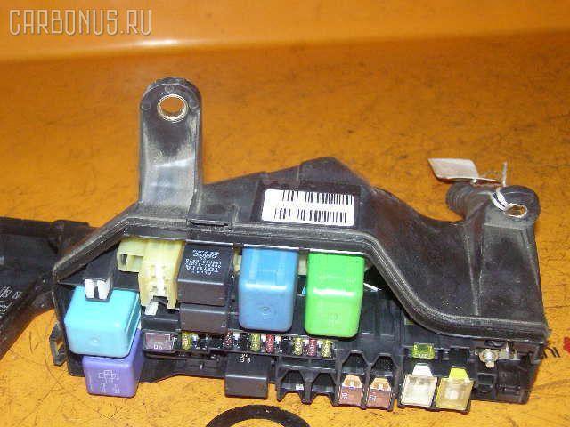 Блок предохранителей TOYOTA ALTEZZA GXE10 1G-FE. Фото 1
