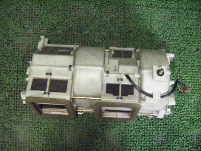 Мотор печки HONDA INSPIRE UA1. Фото 2