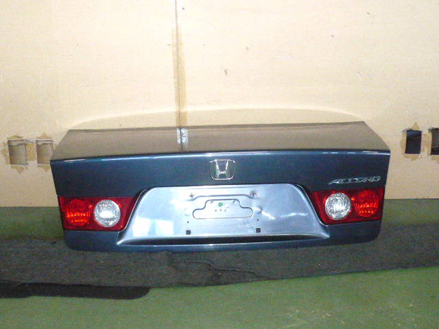 Крышка багажника HONDA ACCORD CL7. Фото 3