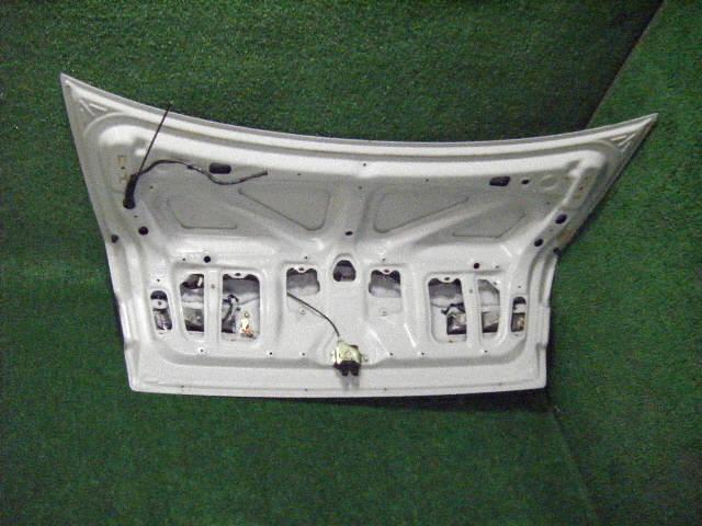Крышка багажника TOYOTA CORONA PREMIO ST210. Фото 5
