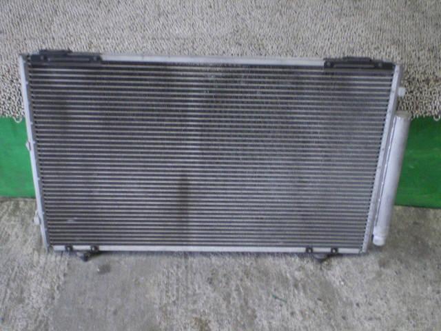 Радиатор кондиционера TOYOTA OPA ZCT10 1ZZFE. Фото 4