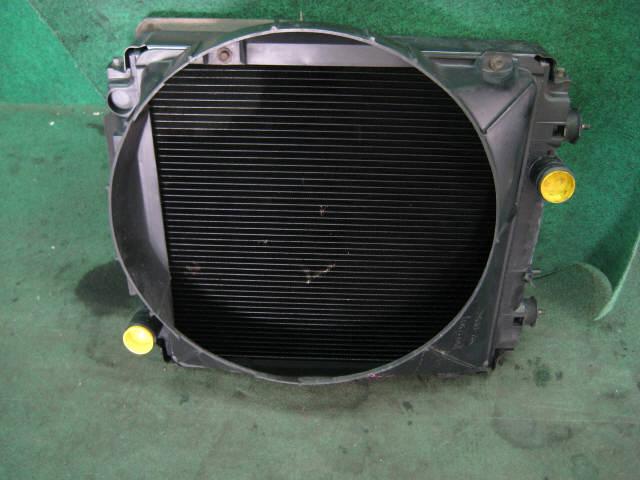 Радиатор ДВС MITSUBISHI CANTER FB501B 4M40. Фото 7