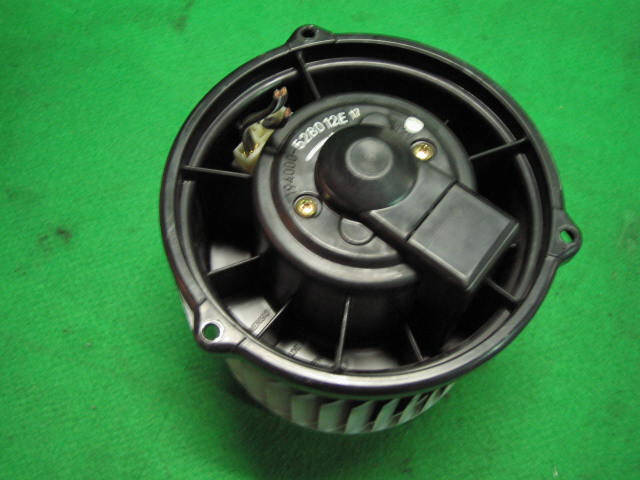 Мотор печки MITSUBISHI COLT Z21A. Фото 2