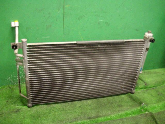 Радиатор кондиционера MAZDA DEMIO DY3W. Фото 3