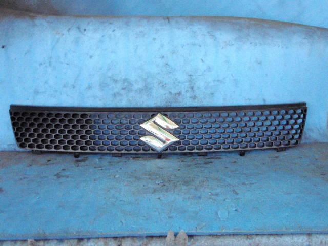 Решетка радиатора SUZUKI SWIFT ZC11S. Фото 2