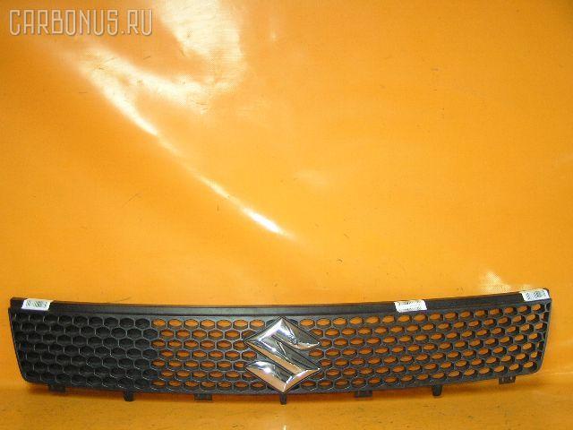 Решетка радиатора SUZUKI SWIFT ZC11S. Фото 1