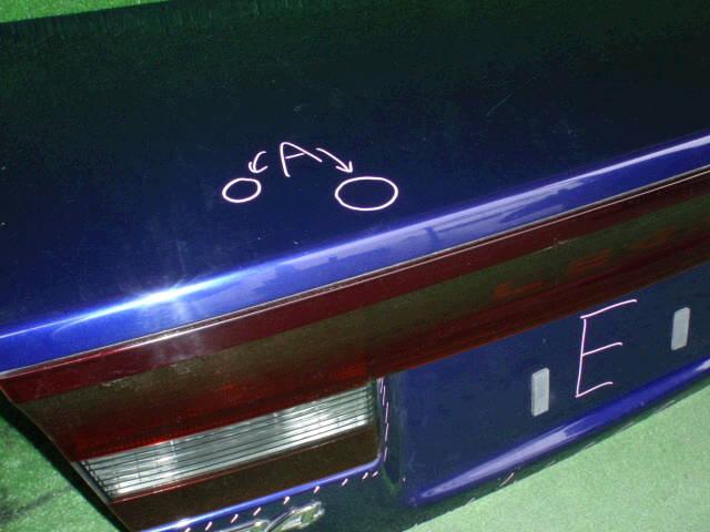 Крышка багажника SUBARU LEGACY BE5. Фото 11