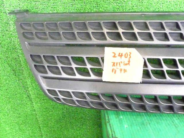 Решетка радиатора TOYOTA COROLLA SPACIO NZE121. Фото 2