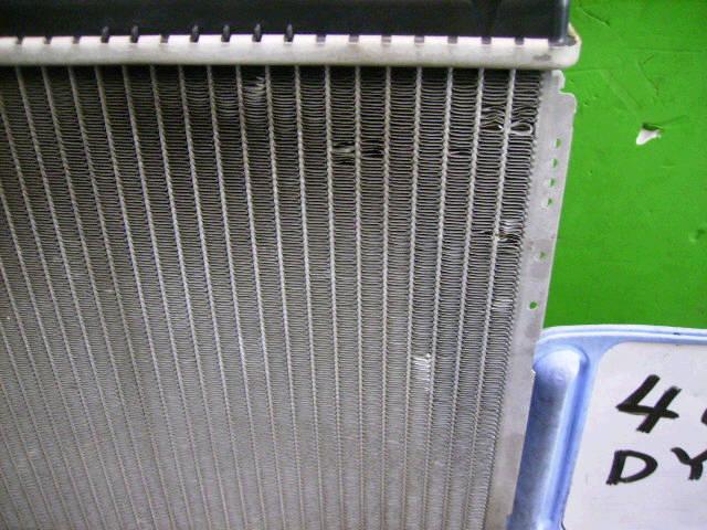 Радиатор ДВС MAZDA DEMIO DY5W ZY-VE. Фото 3