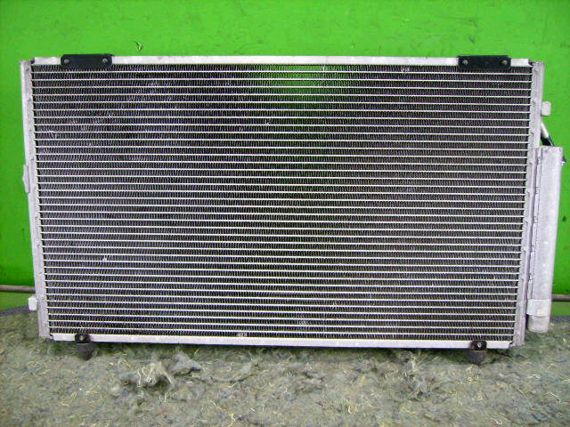 Радиатор кондиционера TOYOTA VISTA ARDEO ZZV50G 1ZZ-FE. Фото 4